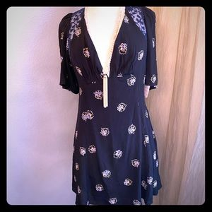Free People print dress with Lace👗